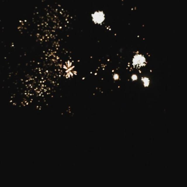 Firework boomerang